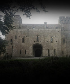 Old Haunted Castle Ghost Hunt