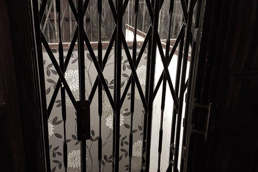 Abandoned Park Hotel elevator